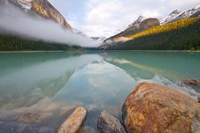 Free Lake Louise Royalty Free Stock Photography - 8360617