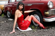 Free Girl At Retro Car Royalty Free Stock Photography - 8360677