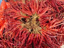 Free Dry Red Peppers Royalty Free Stock Images - 8361709
