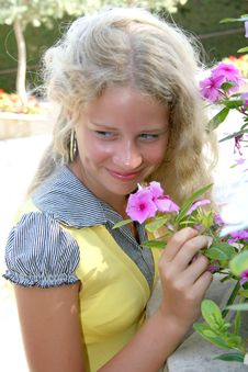 Free Blond Girl Royalty Free Stock Image - 8363006