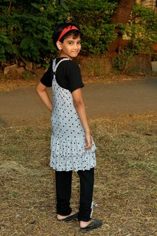 Free Rich Indian Girl Posing Stock Images - 8363034