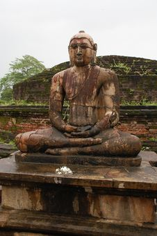 Free Buddha Statue In Vatadage Temple, Polonnaruwa Royalty Free Stock Images - 8364549