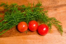 Free Tomatoes And Dill On A Wooden Background Stock Photography - 8366612