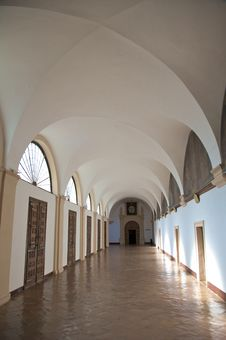 Free White Monastery Corridor Stock Photography - 8367602
