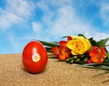 Free Easter Red Decorated Egg And Flowers Over Blue Sky Royalty Free Stock Photo - 8370995