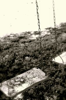 Free Old Swings Royalty Free Stock Photography - 8371567