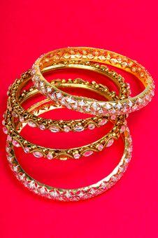 Free Golden Bracelets Stock Image - 8372201