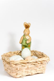 Free Easter-bunny In Basket Royalty Free Stock Photography - 8375107