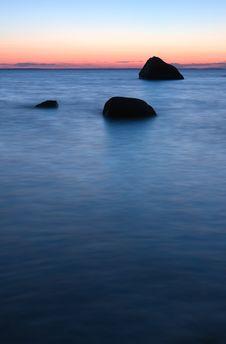 Free Ocean Rocks Royalty Free Stock Photo - 8384305
