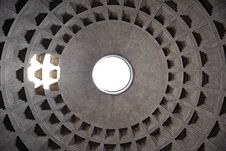 Dome And Oculus Of The Pantheon In Rome, Italy Stock Photography