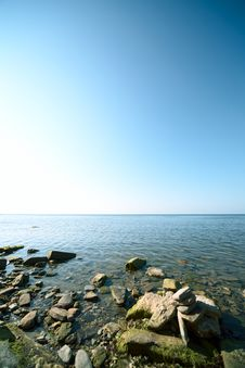 Free Blue Sky And Water Stock Photo - 8389280