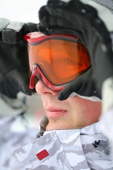 Free Snowboarder Looking In Goggles Royalty Free Stock Photo - 8389545