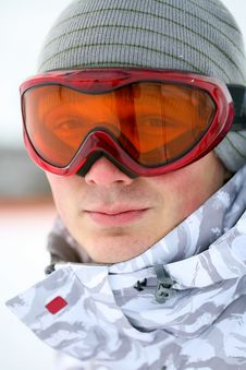 Free Snowboarder Looking In Goggles Royalty Free Stock Images - 8389839