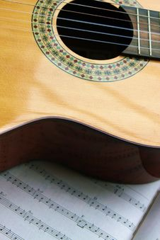 Free Spanish Guitar With  Notes Royalty Free Stock Photos - 8395268