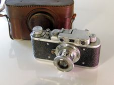 Free Old Photo Camera Royalty Free Stock Image - 8395946