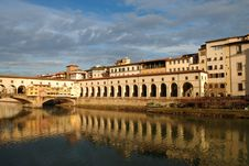 Free Embankment Of The River Arno, Florence Royalty Free Stock Image - 8397296