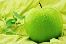 Free Green Apple Royalty Free Stock Images - 8399849