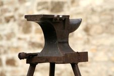 Free Farrier S Anvil Royalty Free Stock Photo - 843225