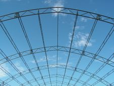 Free Tent Scaffolding And Sky Royalty Free Stock Images - 848799