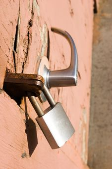 Free Lock On An Old Door Royalty Free Stock Photo - 849175