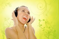 Free Happiness Young Women In Headphones Stock Photography - 8400812