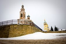 Free Churches In Winter. Royalty Free Stock Photos - 8401698