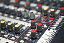 Free Sound  Knobs Royalty Free Stock Image - 8403526