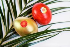 Free Easter Red And Golden Decorated Eggs Royalty Free Stock Photos - 8404218