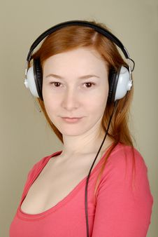 Free Woman In Headphones Stock Photography - 8405522
