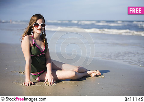 Free Preteen Beach Beauty Royalty Free Stock Photo - 8411145
