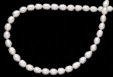 Free Pearl Necklace Royalty Free Stock Images - 8411399
