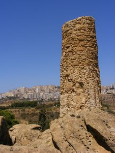 Free Agrigento Sicily-greek Temple Ruins Stock Photos - 8415173
