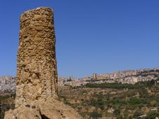 Free Agrigento Sicily-greek Temple Ruins Stock Image - 8415211