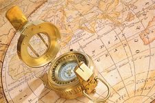 Old-fashioned Compass On A Background Royalty Free Stock Photography