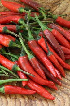 Free Spicy Red Chilli Peppers Stock Photos - 8418553