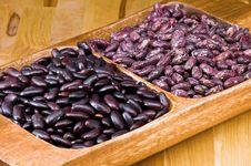 Kidney Beans In Wooden Dish Royalty Free Stock Photography