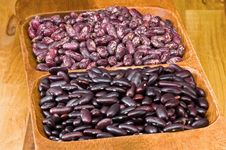 Free Kidney Beans In Wooden Dish Stock Image - 8418761