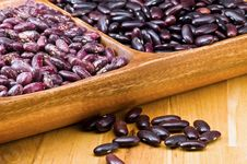 Free Kidney Beans In Wooden Dish Royalty Free Stock Photography - 8418827