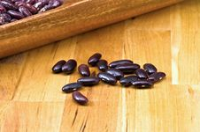 Free Kidney Beans In Wooden Dish Stock Photography - 8418842