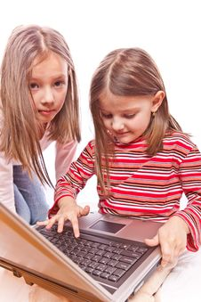 Free Little Girls With Laptop Royalty Free Stock Images - 8421329