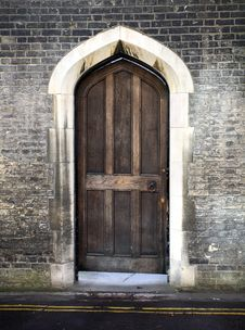 Free Gothic Arched Door In Cambridge UK Stock Images - 8422094
