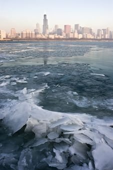 Free Freezy Morning In Chicago Royalty Free Stock Photos - 8423728