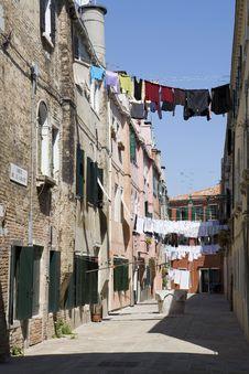 Free Washday Venice Italy Royalty Free Stock Images - 8424069