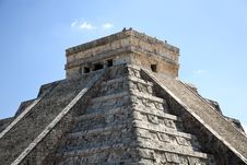 Free The Temples Of Chichen Itza Temple In Mexico Stock Photography - 8424932