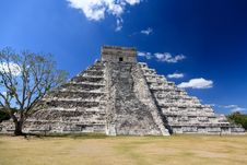 Free The Temples Of Chichen Itza Temple In Mexico Royalty Free Stock Images - 8424959