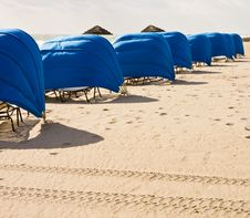 Free Blue Beach Umbrellas Royalty Free Stock Photography - 8425497