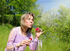 Free Young Woman Blows A Soap Bubbles Stock Images - 8435254