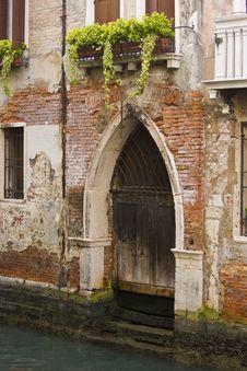 Free Boat Door In Venice Stock Photo - 8440580