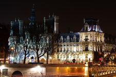Free Paris Hotel De Ville Stock Images - 8443784