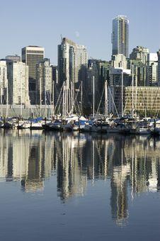 Free Urban Harbor Royalty Free Stock Photo - 8444165